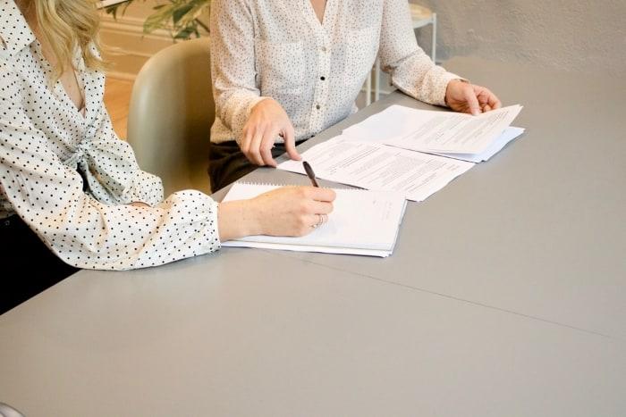 comocriarcontratodeprestacaodeservico1 - Como criar um contrato de prestação de serviço? Tudo o que você precisa saber
