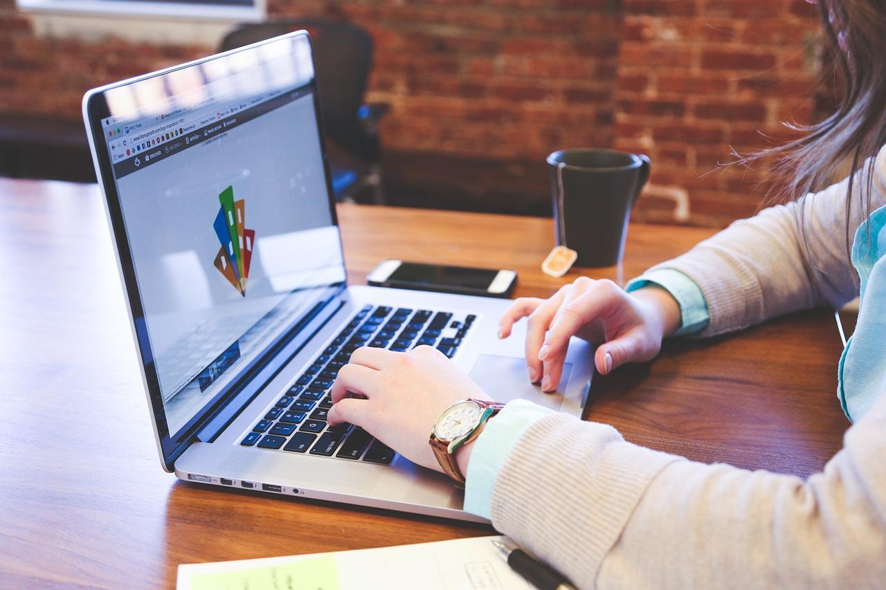 presentation startup 1491706927 - Estratégias de impacto para vender mais com apresentações de marketing digital